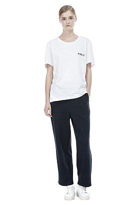 Only SIV ★ [ESSENTIAL] PUBLIC 레터링 티셔츠