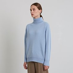 SANDRA TURTLE NECK, SKYBLUE