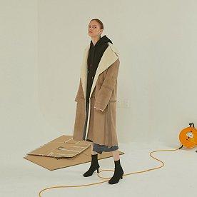 [배우 강예원, 설인아, 모델 김설희 착용]Marcel faux- shearing mustang coat _Soft beige