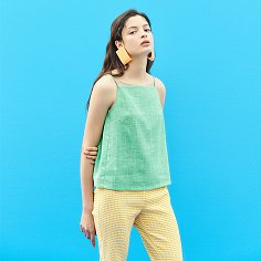 Linen Color Top in Green