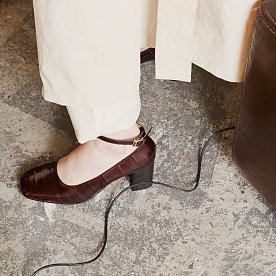 EEL LEATHER STRAP PUMPS (BROWN)