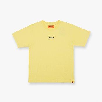 WORK LOGO TEE YELLOW 유니버셜 오버롤 워크 로고 티셔츠
