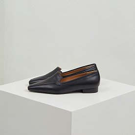 LEATHER LOAFERS (BLACK)
