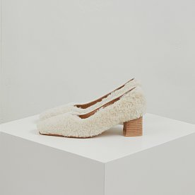 SHEARLING PUMPS (IVORY)