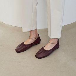 10mm Doris Ballerina Flat Shoes (Wine)