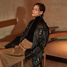 VAN Sleeve Pointed Leather Jacket_Black