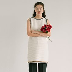 OFF WHITE WOOL TEXTURED KNIT DRESS