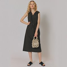 VOLUME V-NECK DRESS [D/KHAKI]