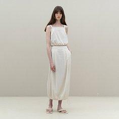banding sleeveless top + banding balloon skirt (cream)