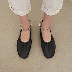 10mm Doris Ballerina Flat Shoes (Black)