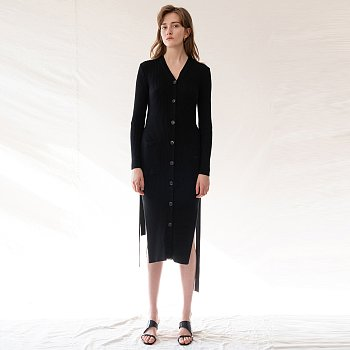 FW19 Side Slit Knitted Dress Black