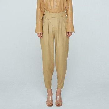 Unbalance Tuck Trousers / Gold